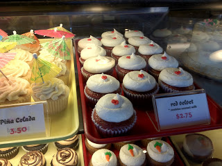 A closeup of the cupcakes that Sticky Fingers Bakery has to offer.