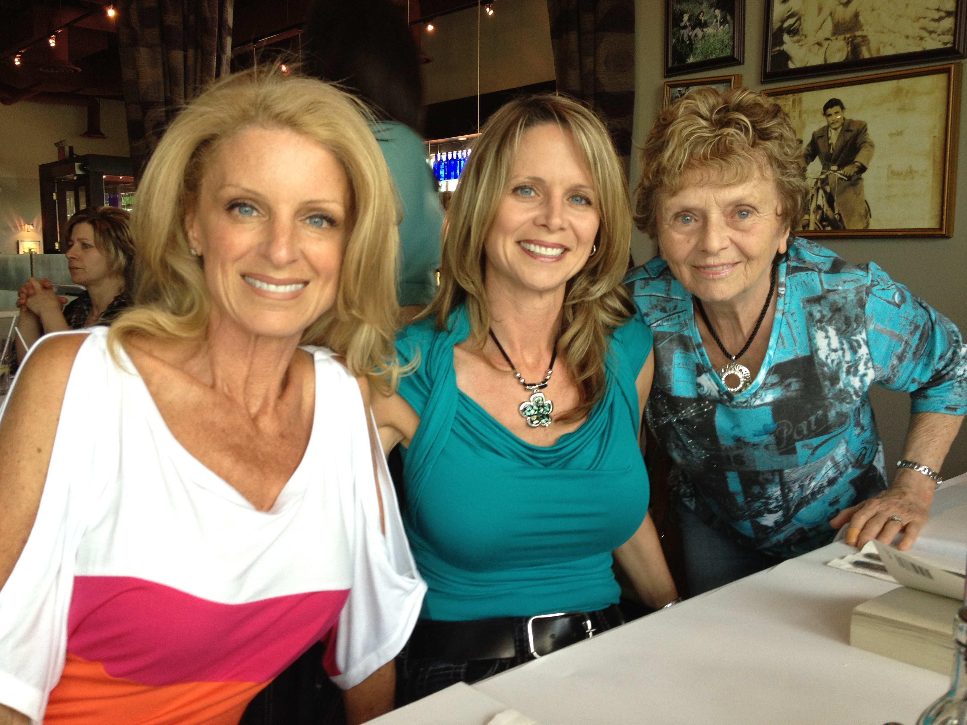 Kelly, Shannon and Colleen Childs
