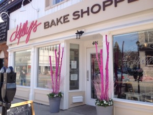 A side shot of the front of Kelly's Bake Shoppe in Burlington
