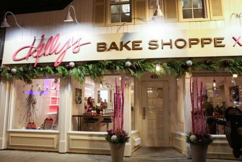 Front shot of Kelly's Bake Shoppe