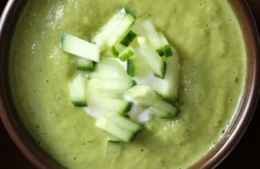 Kelly Childs' LIVE Cucumber Avocado and Lime Soup