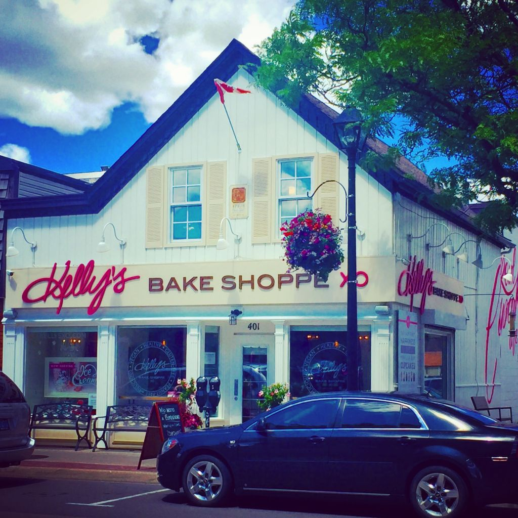 "BuzzFeed Ranks Kelly\'s Bake Shoppe: ""Top 25 Sweet Cupcake Shops ..."